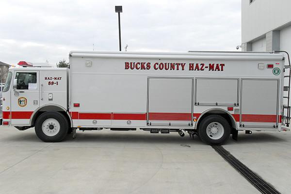 2009 Pierce Saber - heavy duty non-walk-in rescue - driver side