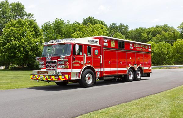 new 2016 Pierce Arrow XT walk-in heavy rescue - fire rescue truck - driver front