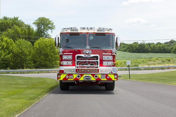 new 2016 Pierce Arrow XT walk-in heavy rescue - fire rescue truck - front