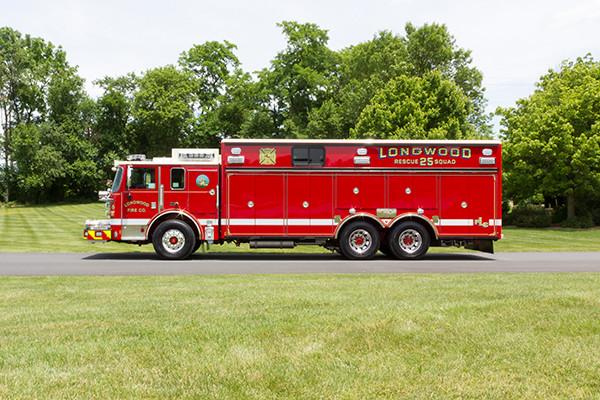 new 2016 Pierce Arrow XT walk-in heavy rescue - fire rescue truck - driver side