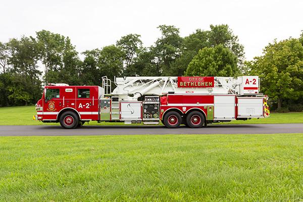 2016 Pierce Velocity mid-mount - 95' aerial platform fire truck - driver side