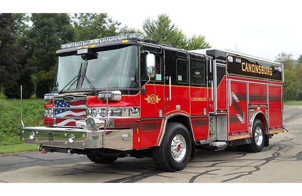 driver front view 2016 Pierce Quantum PUC pumper
