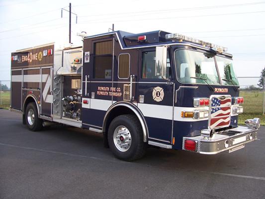 Pierce Arrow XT - new pumper fire engine - passenger front