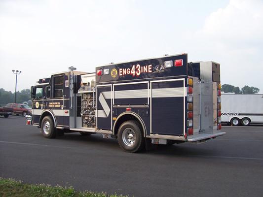 Pierce Arrow XT - new pumper fire engine - driver rear