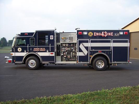 Pierce Arrow XT - new pumper fire engine - driver side