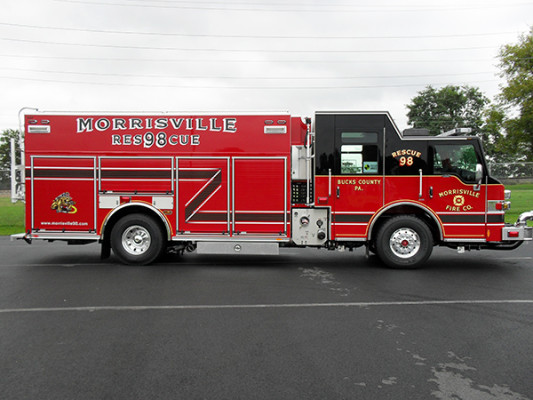 2009 Pierce Velocity PUC rescue pumper - rescue fire engine - passenger side
