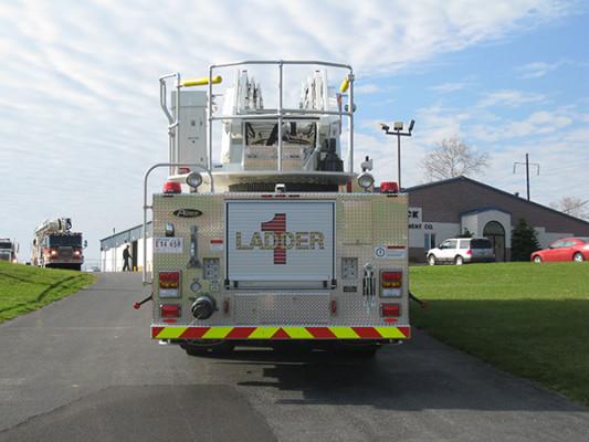 2009 Pierce Arrow XT - new aerial ladder truck - rear