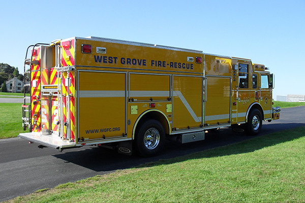 2009 Pierce Arrow XT heavy duty rescue pumper - new rescue fire engine - passenger rear