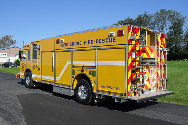2009 Pierce Arrow XT heavy duty rescue pumper - new rescue fire engine - driver rear