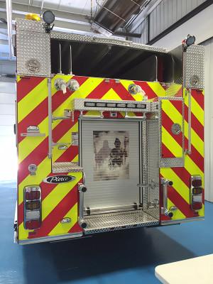 2016 Pierce Enforcer pumper - fire engine - rear