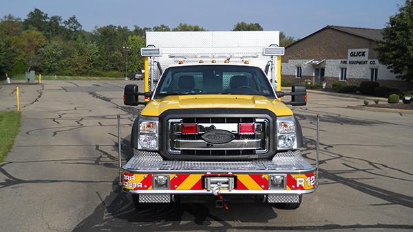 2016 Pierce non-walk-in rescue - mini rescue fire truck - front