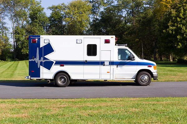 used ambulance for sale - 2007 PL Custom Type III ambulance - passenger side