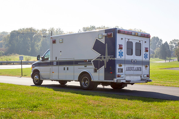 used ambulance for sale - 2007 PL Custom Type III ambulance - driver rear