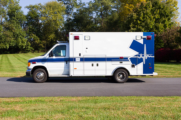 used ambulance for sale - 2007 PL Custom Type III ambulance - driver side