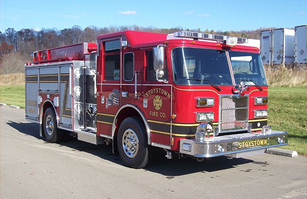 2009 Pierce Contender pumper - fire engine - passenger front