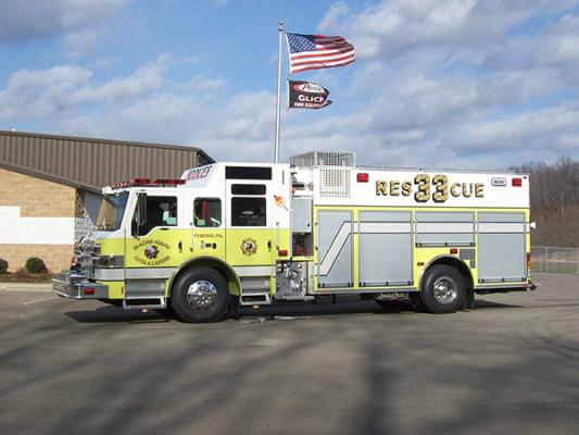 2009 Pierce Velocity - custom pumper fire engine - driver side