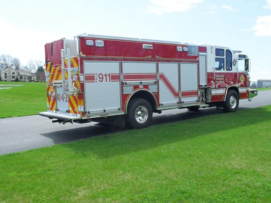 2010 Pierce Quantum PUC pumper - custom fire engine - passenger rear