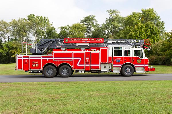 new 105' aerial ladder fire truck - 2016 Pierce Velocity PUC - passenger side
