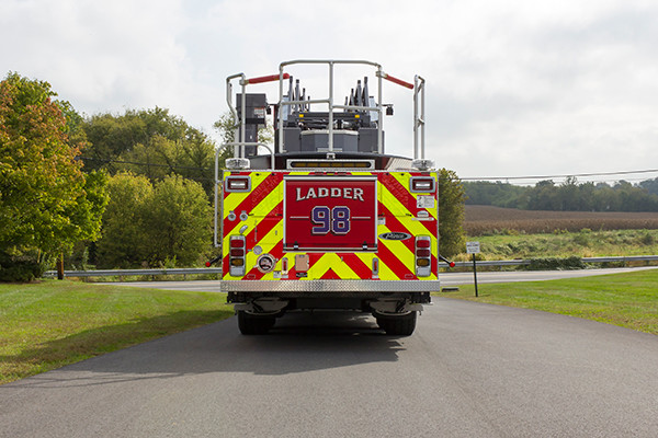 new 105' aerial ladder fire truck - 2016 Pierce Velocity PUC - rear