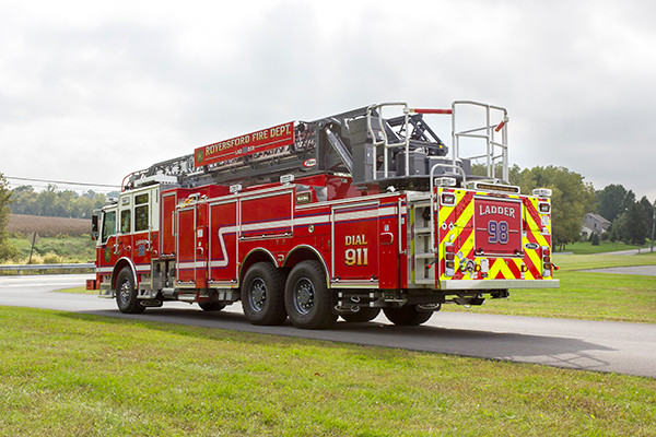 new 105' aerial ladder fire truck - 2016 Pierce Velocity PUC - driver rear