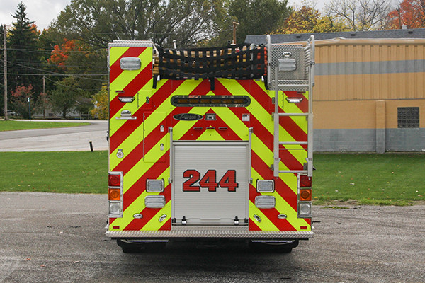 2016 Pierce Enforcer - PUC rescue pumper fire engine - rear