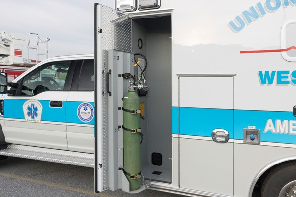 EZ-O2 lift - type 1 ambulance sales in PA - Braun Liberty - Glick Fire Equipment