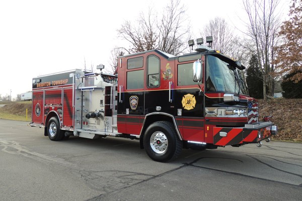 2017 Pierce Quantum pumper - fire engine sales and service - passenger front