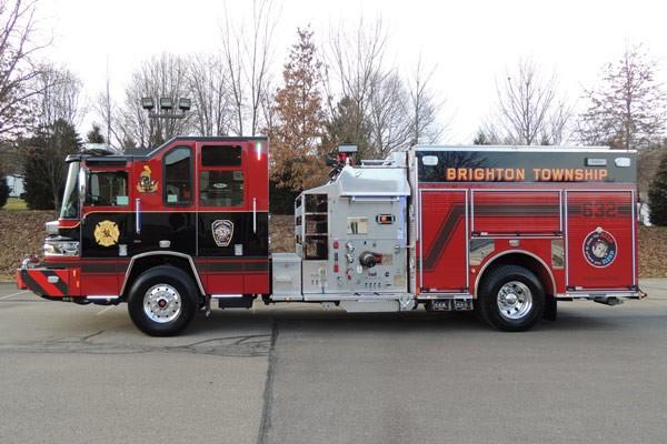 2017 Pierce Quantum pumper - fire engine sales and service - driver side