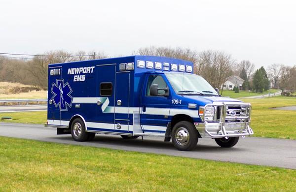 2016 Braun type III ambulance - passenger front