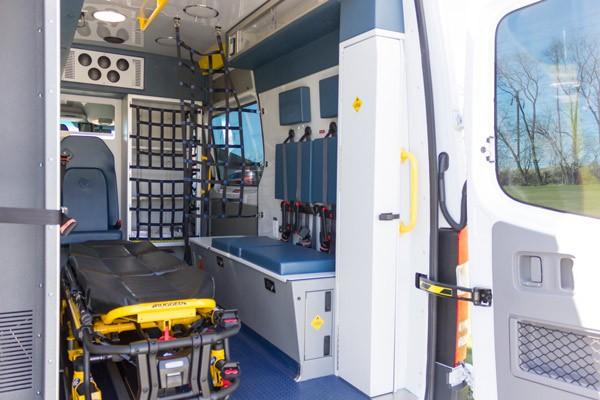 2017 Demers Mirage LT2E type II ambulance - module passenger side