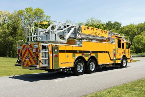 2017 Pierce Arrow XT - new fire truck sales in PA - passenger rear