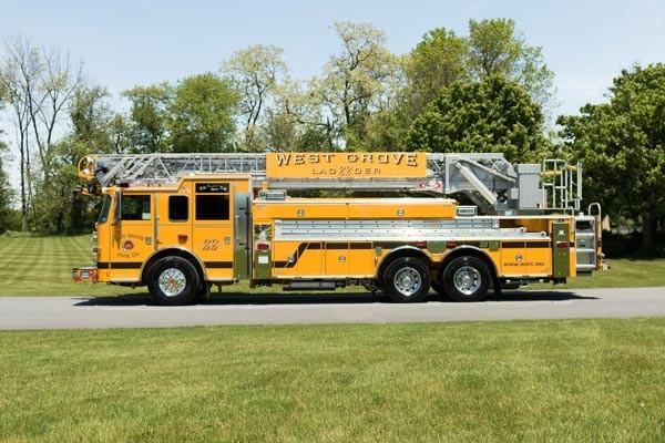 2017 Pierce Arrow XT - new fire truck sales in PA - driver side