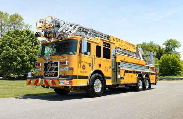2017 Pierce Arrow XT - new fire truck sales in PA - driver front