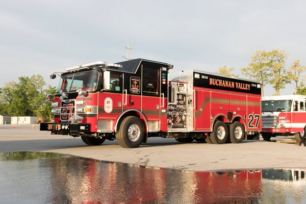 new rescue pumper in PA - 2017 Pierce Arrow XT fire rescue engine - driver front