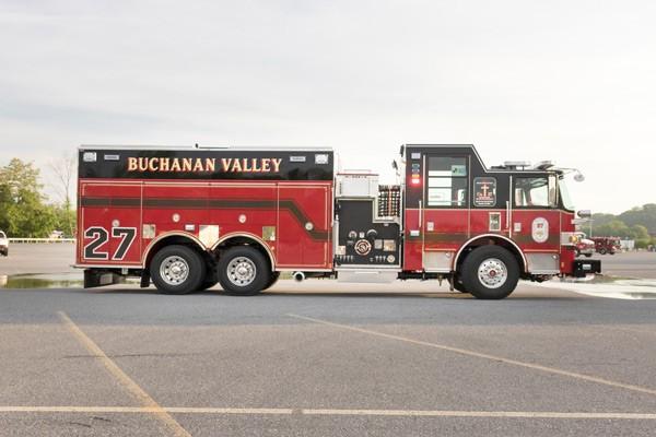 new rescue pumper in PA - 2017 Pierce Arrow XT fire rescue engine - passenger side