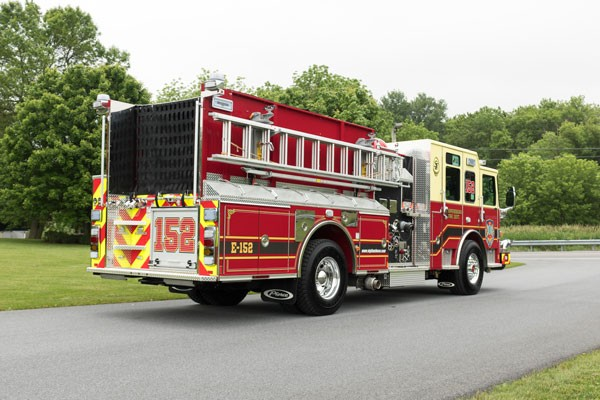 new fire engine sales in PA - 2017 Pierce enforcer pumper - passenger rear