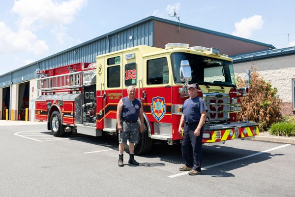 new fire engine sales in PA - 2017 Pierce enforcer pumper - Vigilant Hose Company