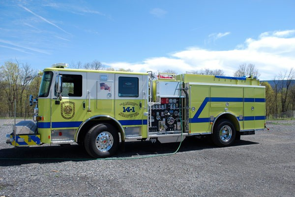 2017 Pierce Enforcer pumper - driver front