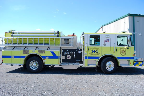 2017 Pierce Enforcer pumper - passenger side
