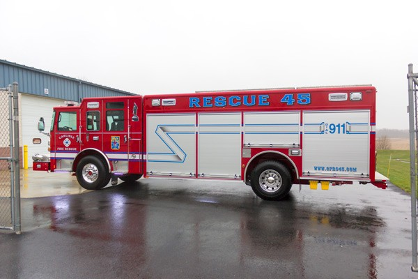 2017 Pierce Enforcer non walk-in heavy rescue - driver side