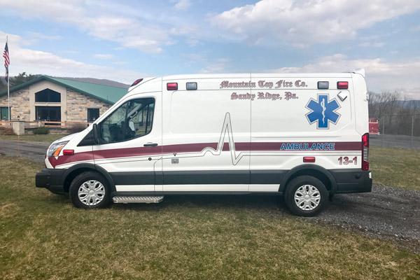 Demers-type-2-ambulance-F17-357-Mountain-top-fire-008
