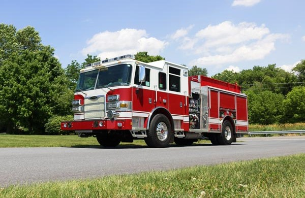 driver front view of Pierce Arrow XT pumper