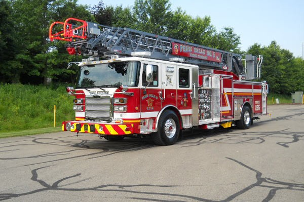 driver front view 2017 Pierce Enforcer Ascendant quint ladder truck