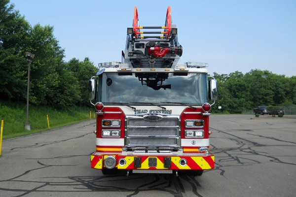 front view 2017 Pierce Enforcer Ascendant quint ladder truck