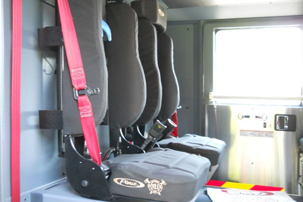 crew SCBA seats detail view 2017 Pierce Enforcer Ascendant quint ladder truck