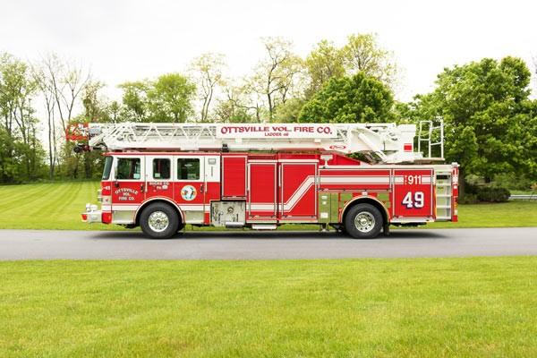 Pierce-Enforcer-PUC-ascendant-107'-quint-30189-Ottsville-VFC-097