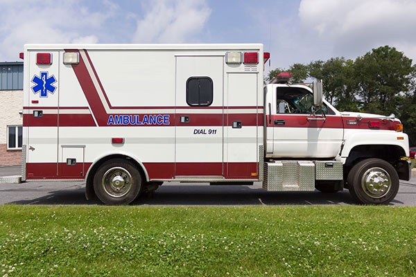 used 2001 type 1 ambulance sales - passenger side