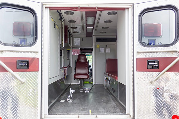 used 2001 type 1 ambulance sales - module interior