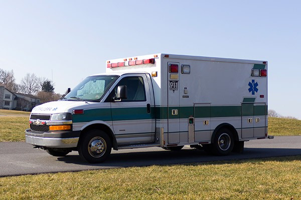 2008 used type 3 ambulance sales - driver front