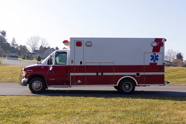 used-ambulance-type-iii-Braun-037